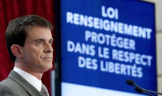 En France la loi renseignement, récemment votée, est clairement liberticide...